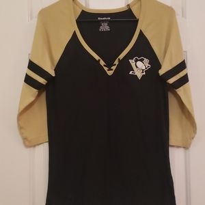 Womens Penguins Top